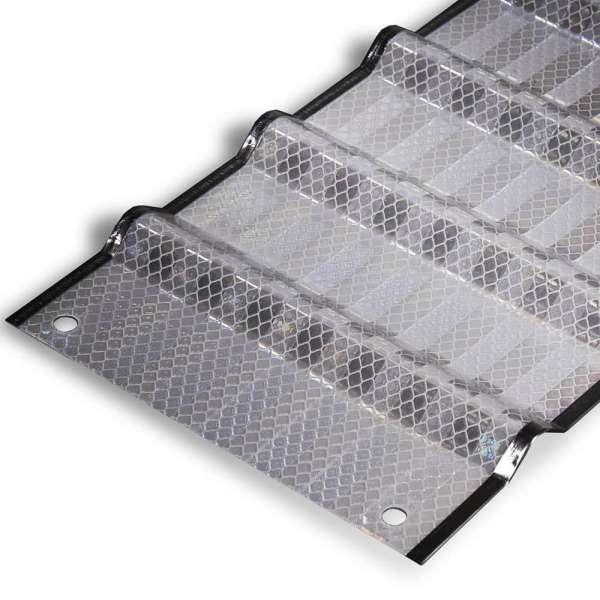 LDS-Panel-1000x1000-weiss-min_25178